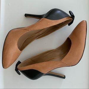 Jessica Simpson black/tan heels w/ bows size 7.5